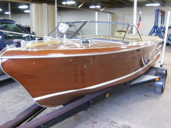 Carolina Classic Boats and Cars : Classic Wooden Boats and